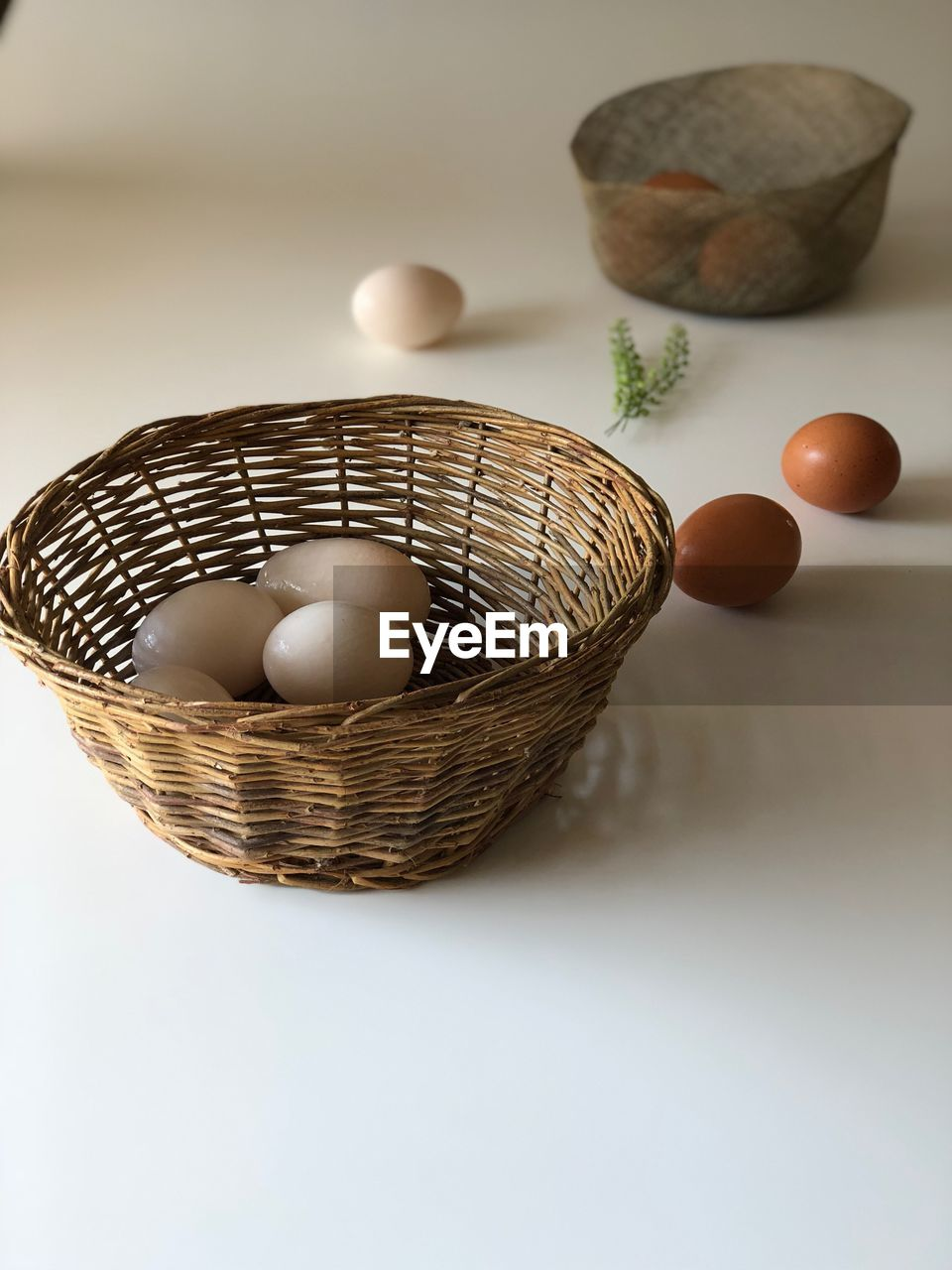 egg, basket, indoors, container, food, food and drink, table, studio shot, still life, wicker, no people, close-up, easter egg, easter, bowl, white background, healthy eating, freshness, wellbeing, focus on foreground