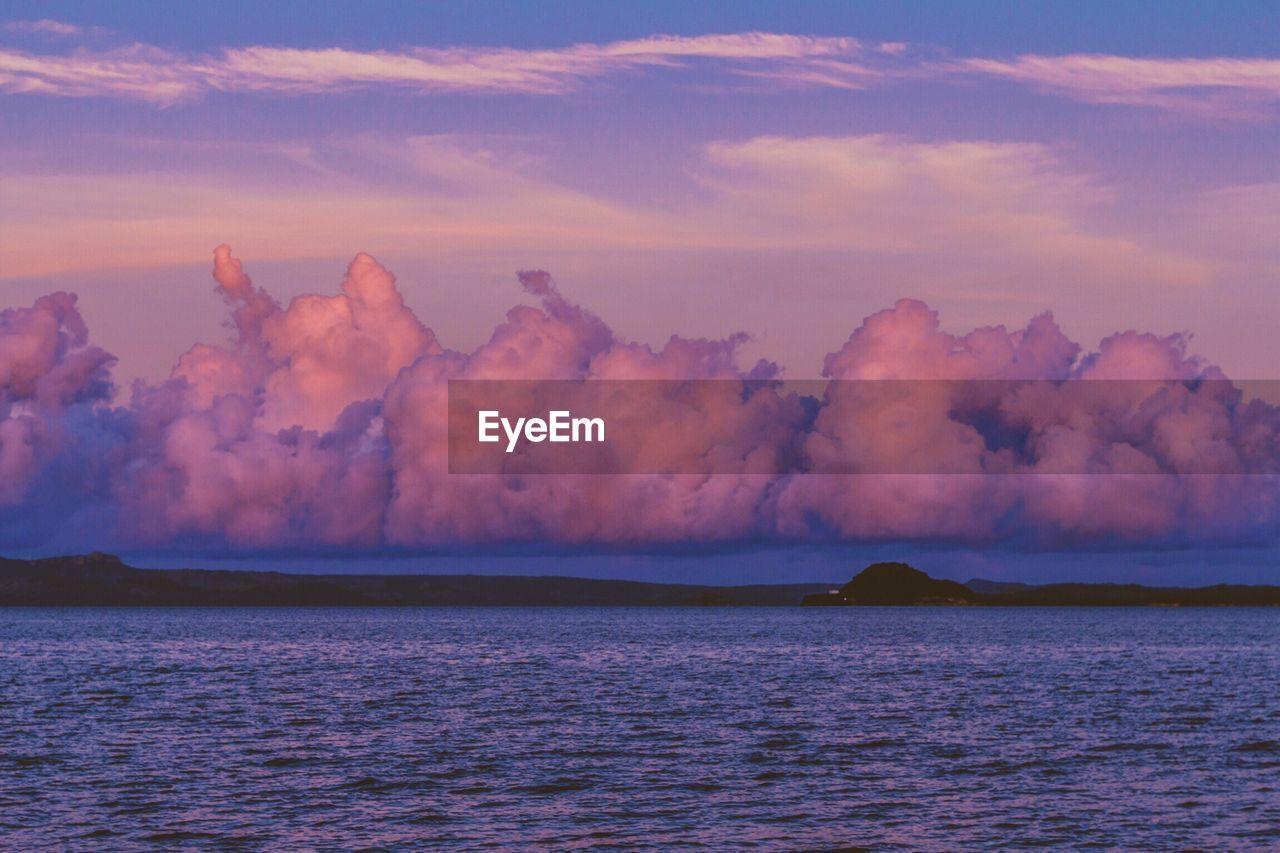 Scenic view of sea at dawn