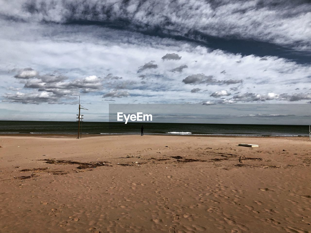 cloud - sky, beach, land, sea, sand, sky, water, beauty in nature, scenics - nature, tranquility, horizon, nature, tranquil scene, horizon over water, no people, day, outdoors, overcast