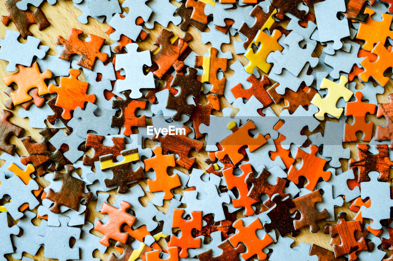 Full Frame Shot Of Jigsaw Pieces