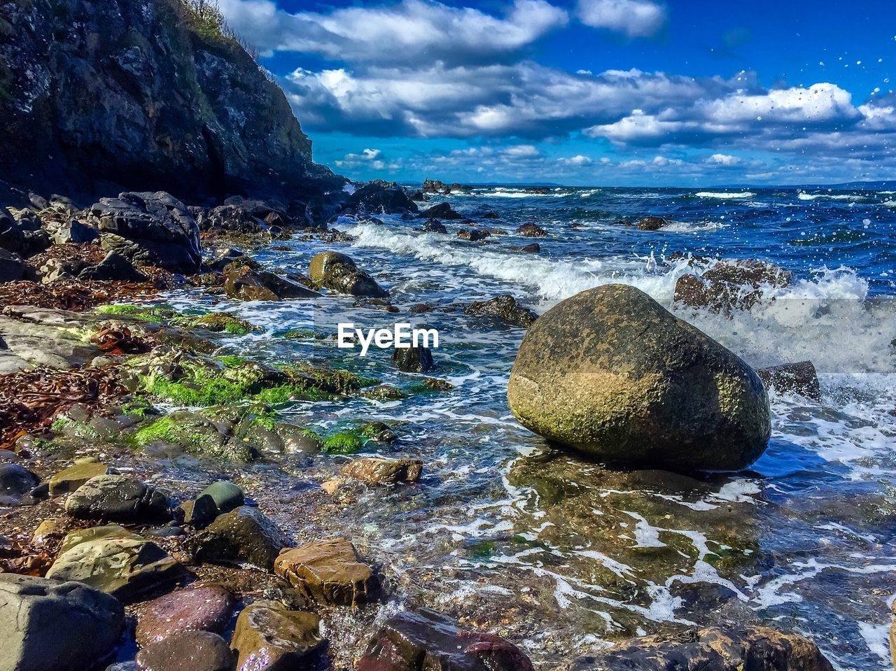 rock - object, sea, beauty in nature, nature, rock formation, water, tranquil scene, scenics, tranquility, sky, cloud - sky, rock, no people, day, outdoors, horizon over water