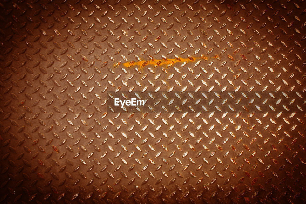 backgrounds, pattern, full frame, textured, no people, metal, close-up, design, repetition, indoors, brown, abstract, abundance, textured effect, honeycomb, art and craft, shape, day, abstract backgrounds, wall - building feature