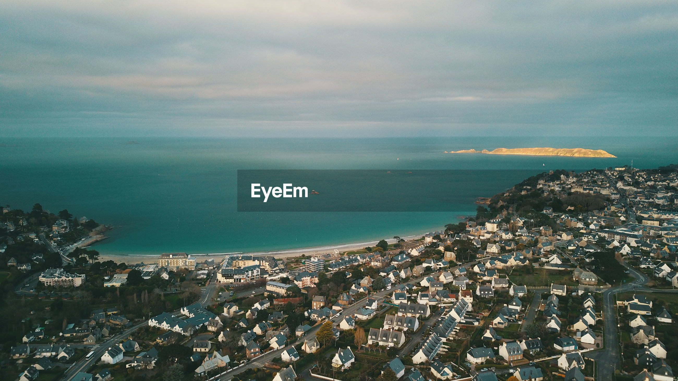 architecture, sea, building exterior, water, built structure, sky, city, cityscape, building, horizon, horizon over water, nature, cloud - sky, high angle view, residential district, no people, aerial view, day, outdoors, townscape, settlement