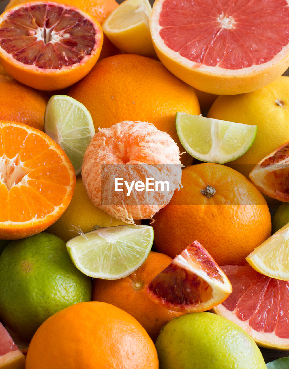 fruit, healthy eating, food, food and drink, citrus fruit, orange color, wellbeing, freshness, orange, orange - fruit, slice, no people, cross section, full frame, lime, lemon, close-up, large group of objects, still life, choice, ripe