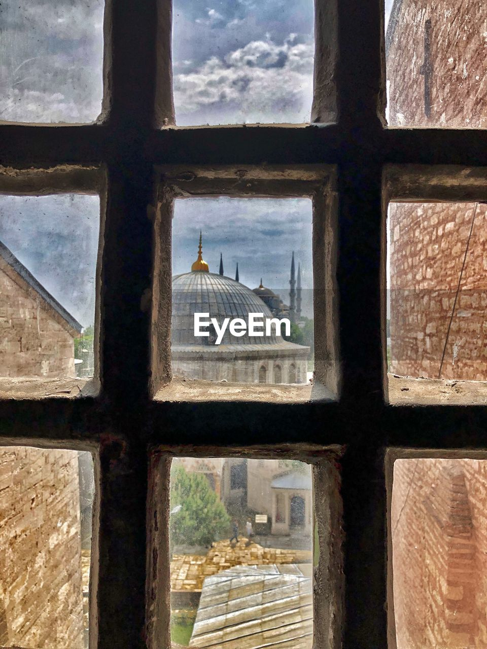 architecture, window, built structure, no people, building exterior, day, travel destinations, history, sky, the past, dome, building, outdoors, glass - material, city, nature, transparent, tourism, religion