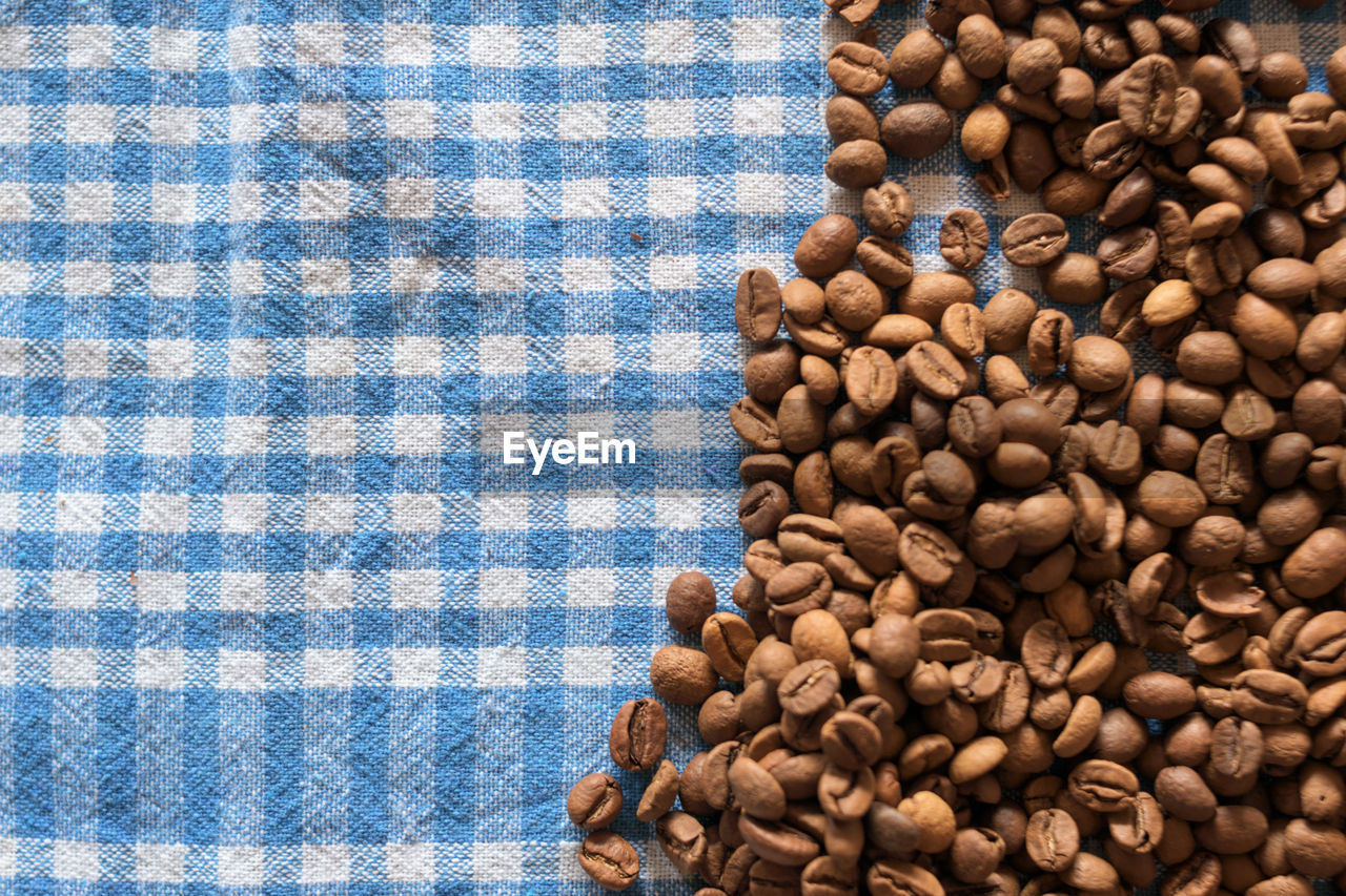 food and drink, food, coffee, coffee - drink, large group of objects, indoors, brown, freshness, roasted coffee bean, abundance, no people, still life, pattern, high angle view, directly above, table, drink, close-up, roasted, repetition
