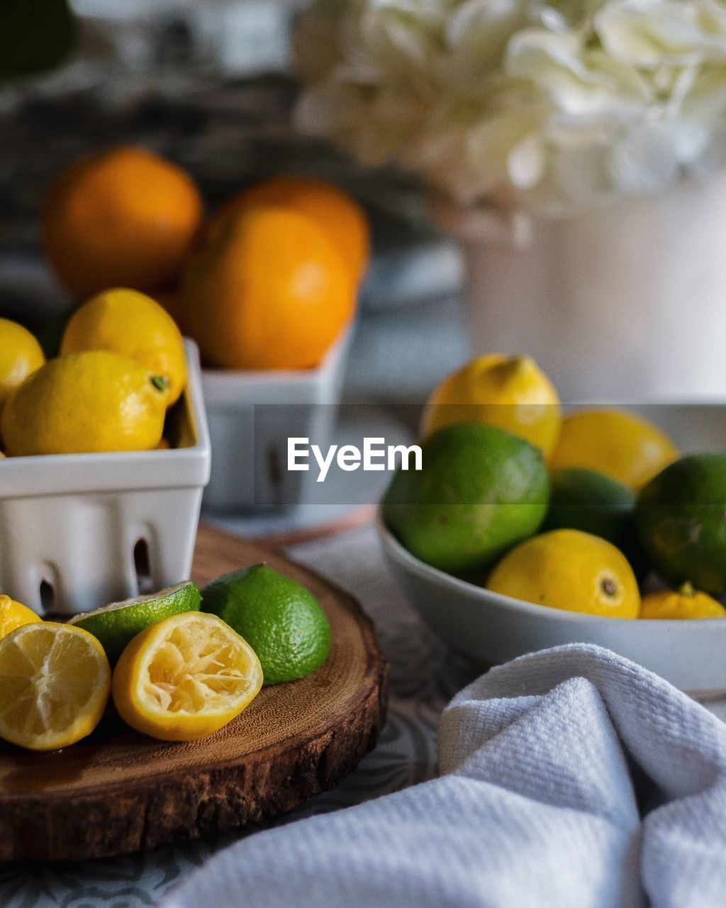 healthy eating, fruit, food, citrus fruit, food and drink, wellbeing, freshness, lemon, orange, no people, orange color, still life, orange - fruit, indoors, table, slice, close-up, lime, yellow, focus on foreground, ripe