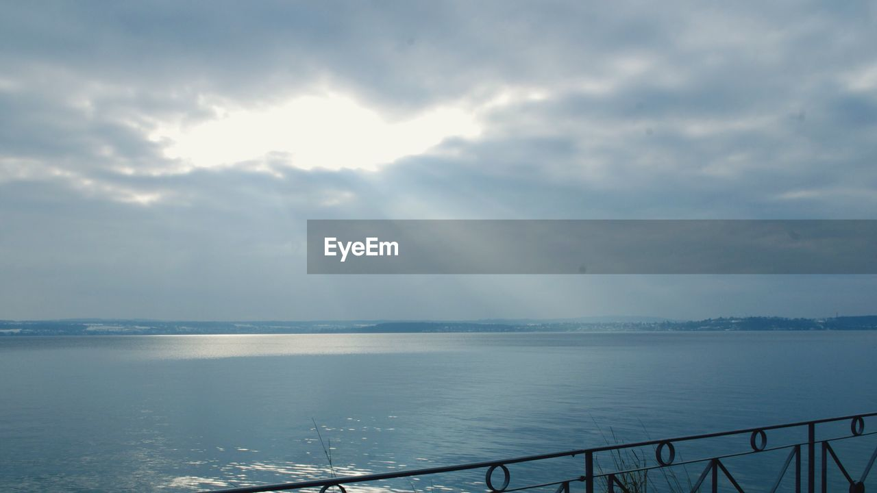 water, sea, scenics, sky, cloud - sky, beauty in nature, tranquil scene, tranquility, nature, day, no people, outdoors, horizon over water