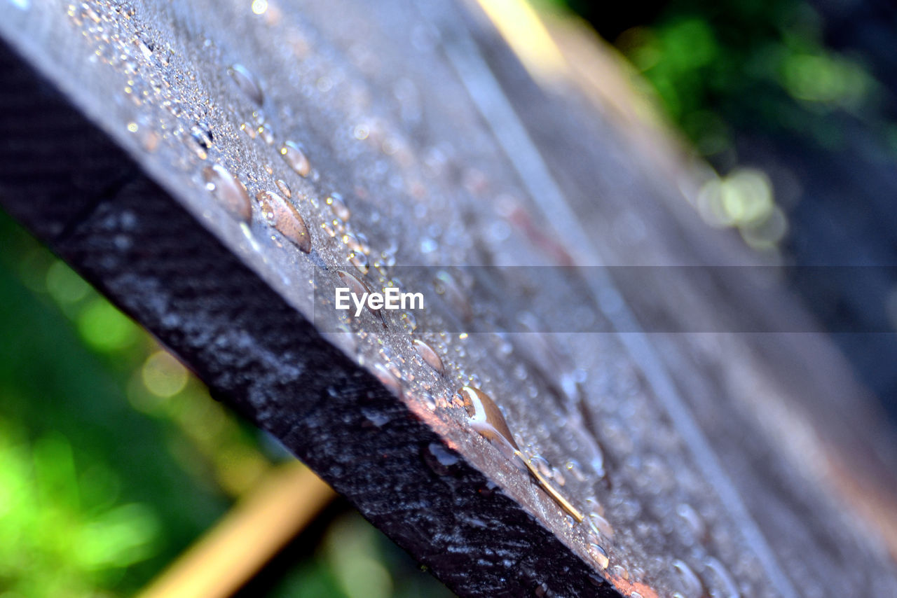 wood - material, focus on foreground, close-up, no people, day, outdoors