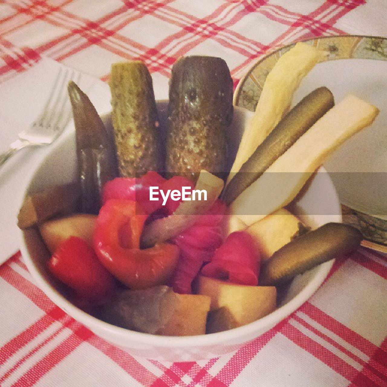 food and drink, food, indoors, tablecloth, no people, freshness, close-up, ready-to-eat, healthy eating, day