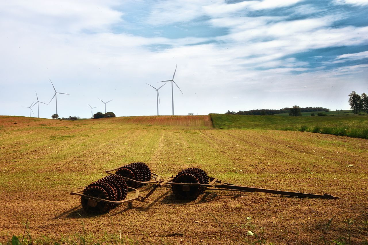 environmental conservation, environment, renewable energy, alternative energy, field, land, fuel and power generation, sky, turbine, landscape, wind turbine, wind power, nature, cloud - sky, grass, plant, rural scene, day, no people, beauty in nature, sustainable resources