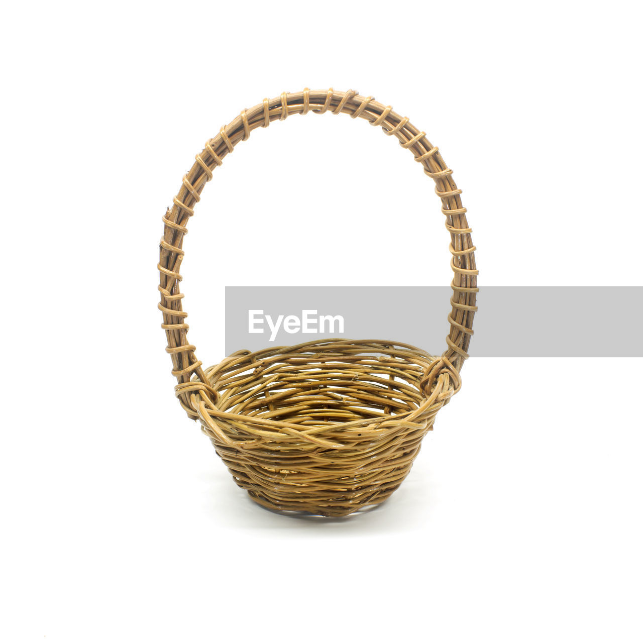 studio shot, container, wicker, indoors, basket, white background, still life, no people, cut out, copy space, close-up, single object, art and craft, shape, geometric shape, circle, high angle view, pattern, craft, shiny, personal accessory