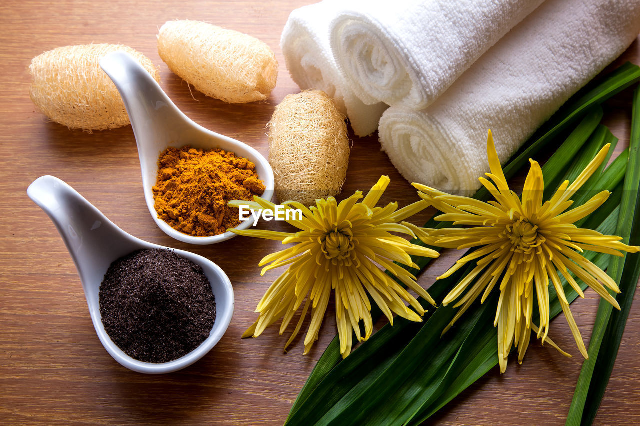plant, flower, flowering plant, freshness, beauty in nature, body care, indoors, close-up, wood - material, table, still life, bowl, spice, nature, food and drink, food, no people, ingredient, wellbeing, inflorescence, flower head