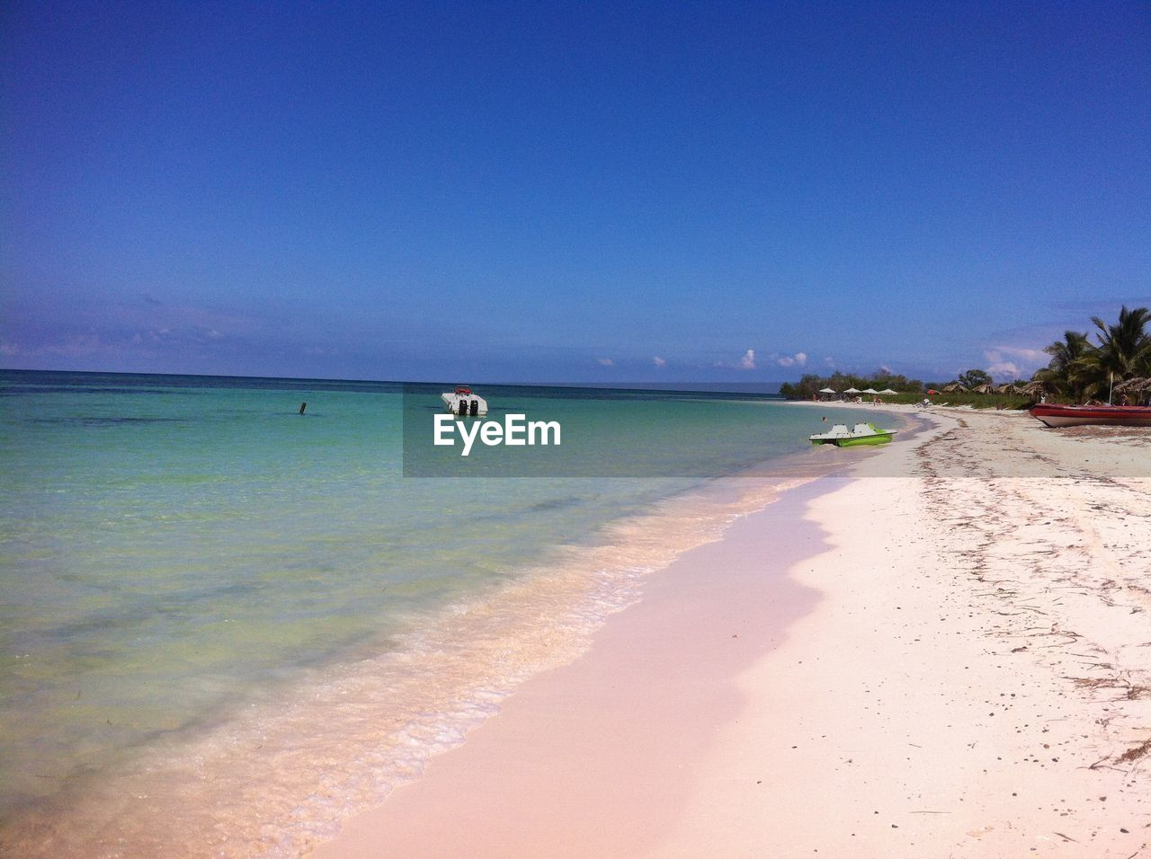 Image of a beautiful seaside and clear sky