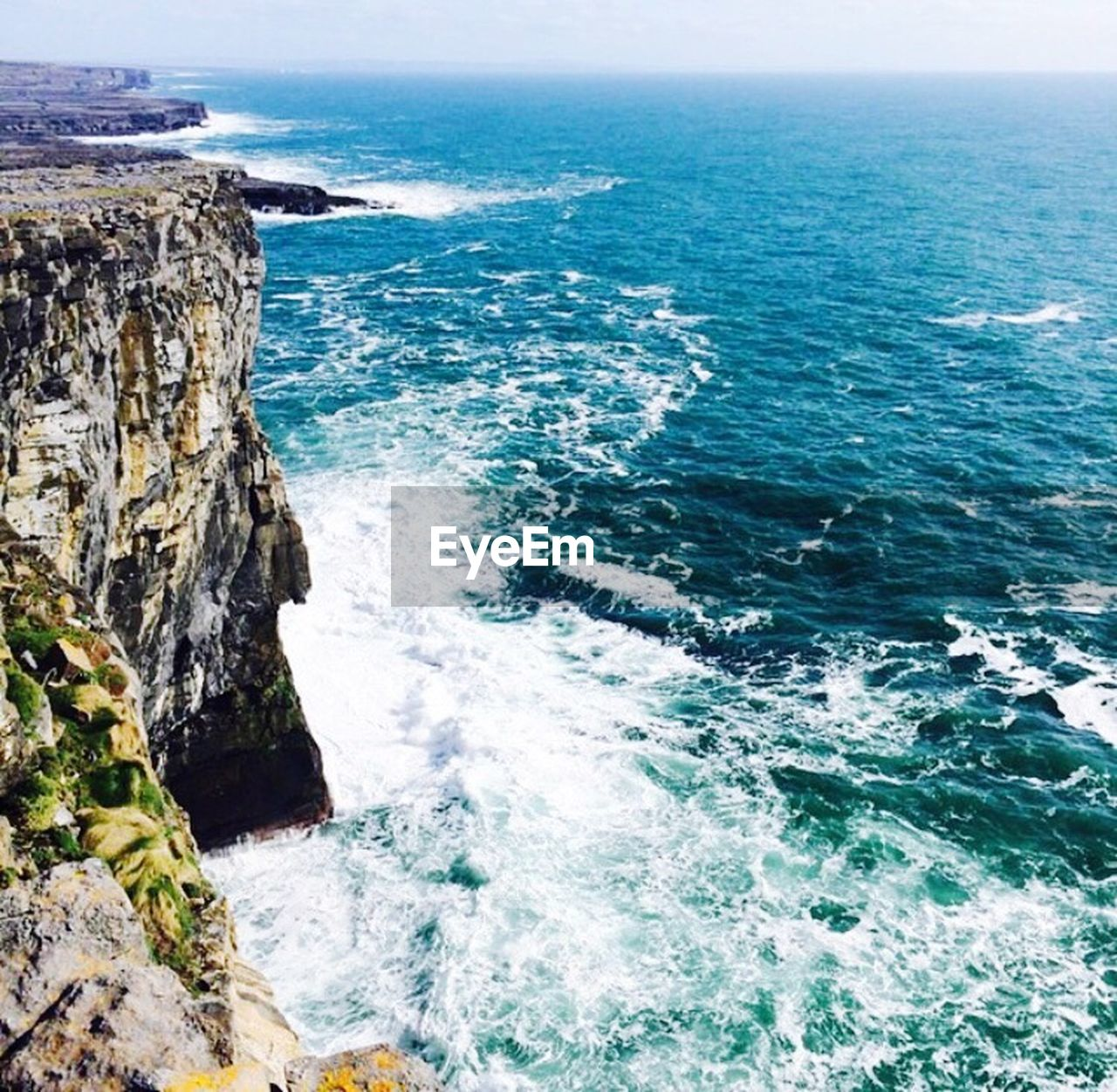 sea, water, rock - object, horizon over water, nature, beauty in nature, rock formation, scenics, cliff, no people, day, outdoors, wave, clear sky, sky