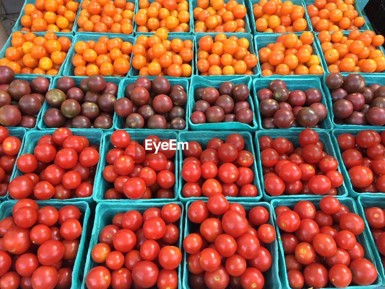 food, healthy eating, food and drink, large group of objects, wellbeing, abundance, fruit, vegetable, choice, freshness, market, red, retail, tomato, no people, farmer's market, container, market stall, variation, full frame, sale, order, street market, ripe, consumerism