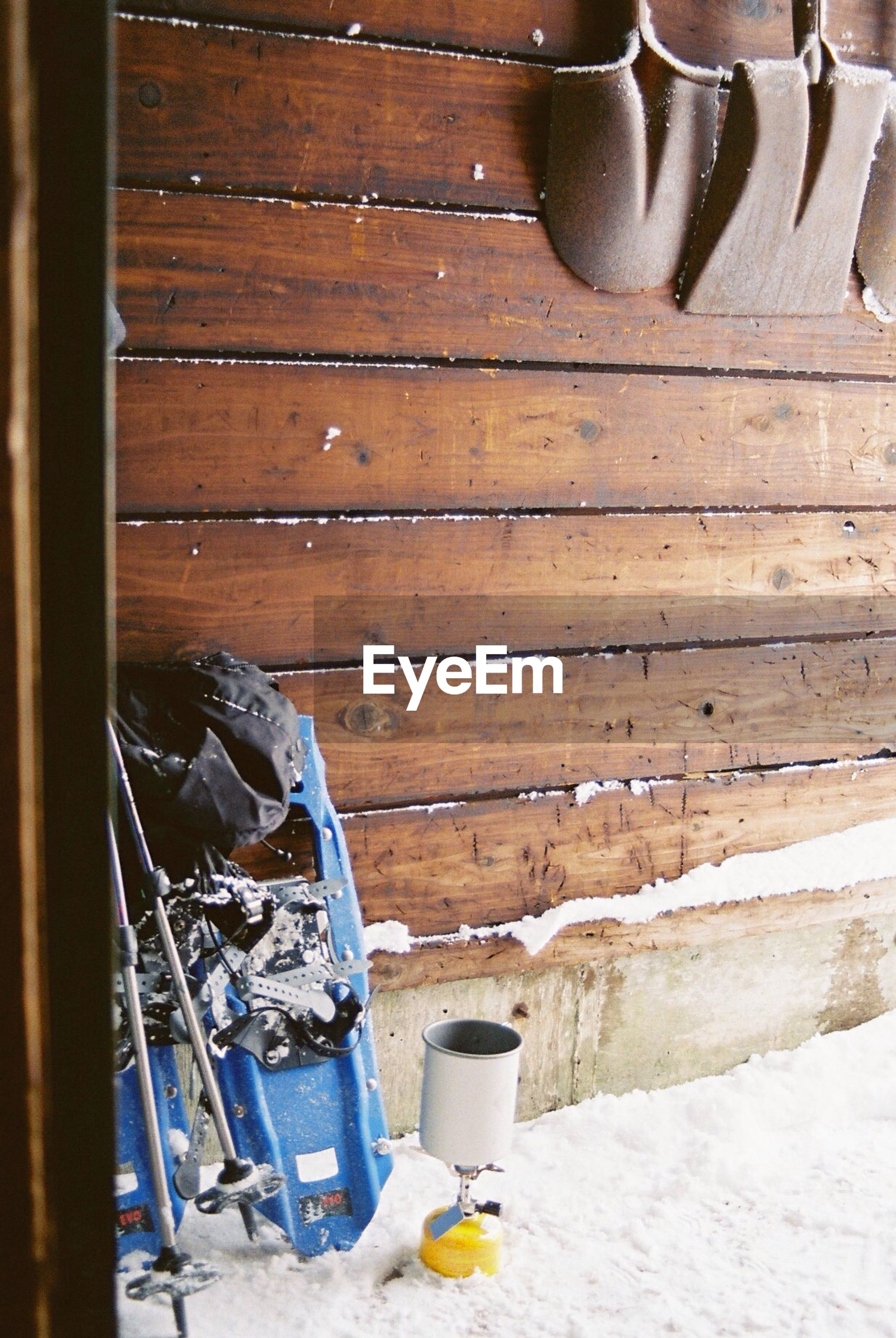 wood - material, old, metal, indoors, rusty, obsolete, abandoned, built structure, weathered, damaged, architecture, close-up, wooden, run-down, old-fashioned, deterioration, no people, wall - building feature, house, day