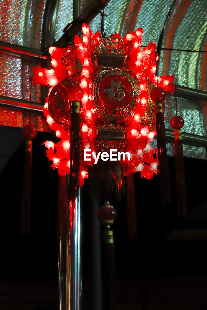 red, lighting equipment, illuminated, decoration, no people, architecture, built structure, hanging, indoors, close-up, lantern, night, focus on foreground, chinese lantern, building, low angle view, glowing, light, chinese new year, ornate, ceiling, festival