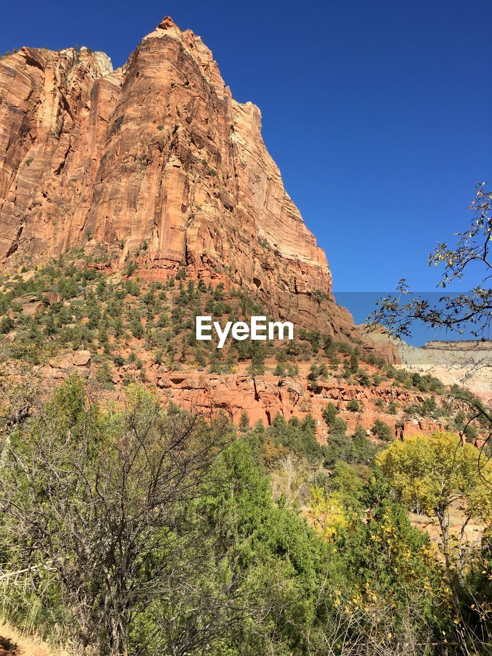 rock, rock formation, scenics - nature, rock - object, beauty in nature, environment, tranquil scene, non-urban scene, mountain, landscape, geology, sky, plant, physical geography, solid, tranquility, nature, no people, day, land, mountain range, climate, formation, arid climate, eroded, semi-arid