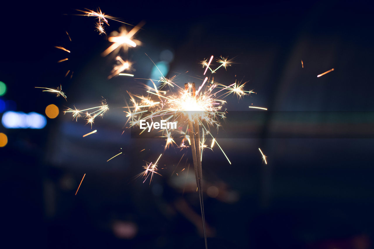 firework, illuminated, event, celebration, night, arts culture and entertainment, motion, glowing, exploding, firework display, long exposure, blurred motion, sparkler, firework - man made object, burning, sparks, nature, no people, light, outdoors