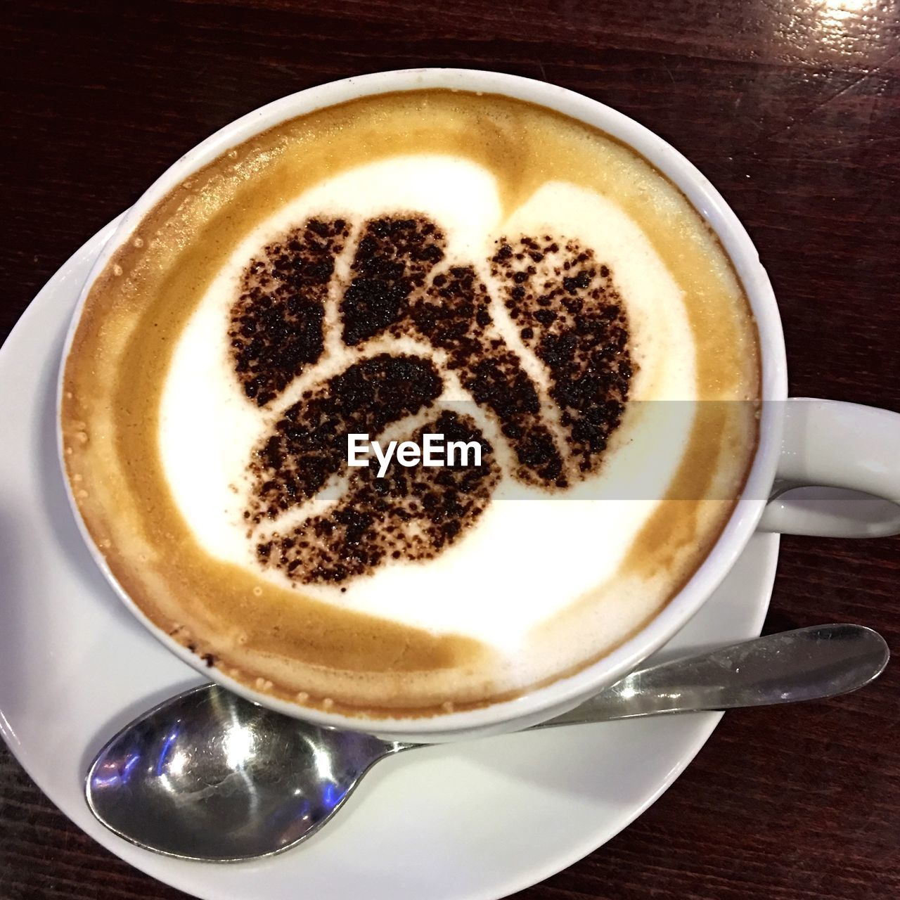 coffee cup, coffee - drink, drink, frothy drink, cappuccino, food and drink, froth art, refreshment, saucer, cup, table, latte, close-up, no people, high angle view, freshness, froth, indoors, day, mocha