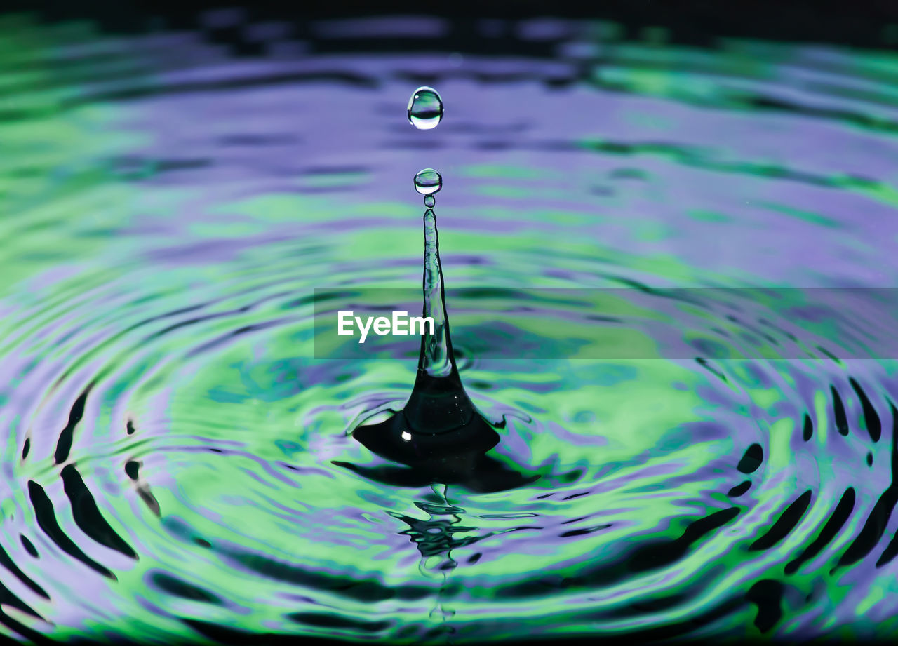 water, rippled, drop, waterfront, motion, purity, nature, falling, splashing droplet, splashing, no people, close-up, outdoors, day, selective focus, focus on foreground, mid-air, high-speed photography, backgrounds, concentric, impact