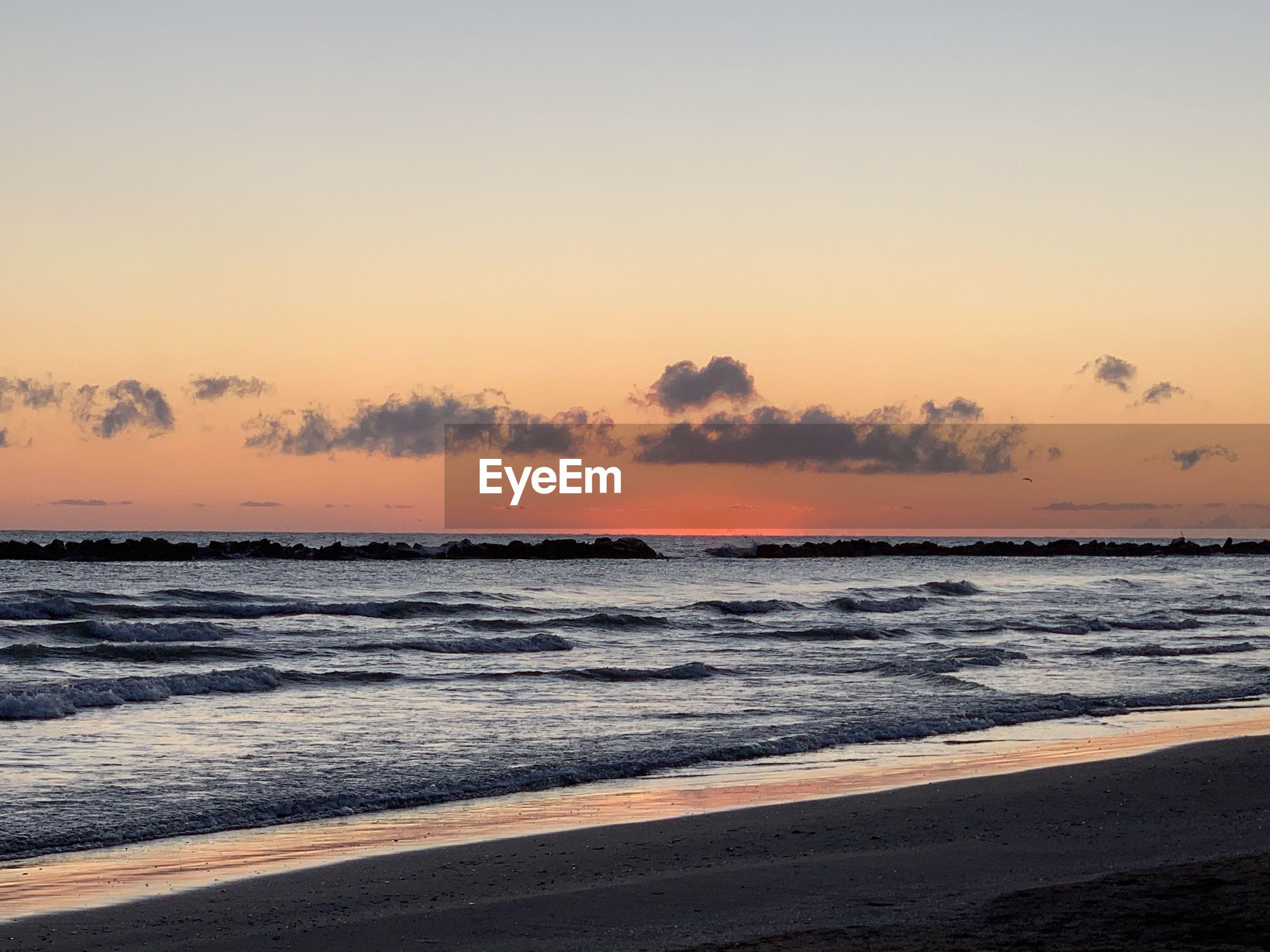 Sun rise at the beach