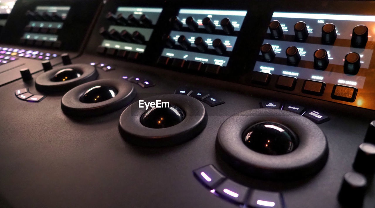 control, music, technology, arts culture and entertainment, close-up, indoors, audio equipment, sound recording equipment, sound mixer, studio, control panel, equipment, recording studio, knob, no people, illuminated, button, communication, nightlife, nightclub, push button, electrical equipment, mixing