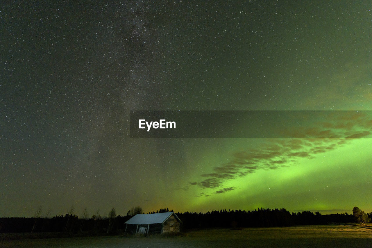 Aurora over night sky