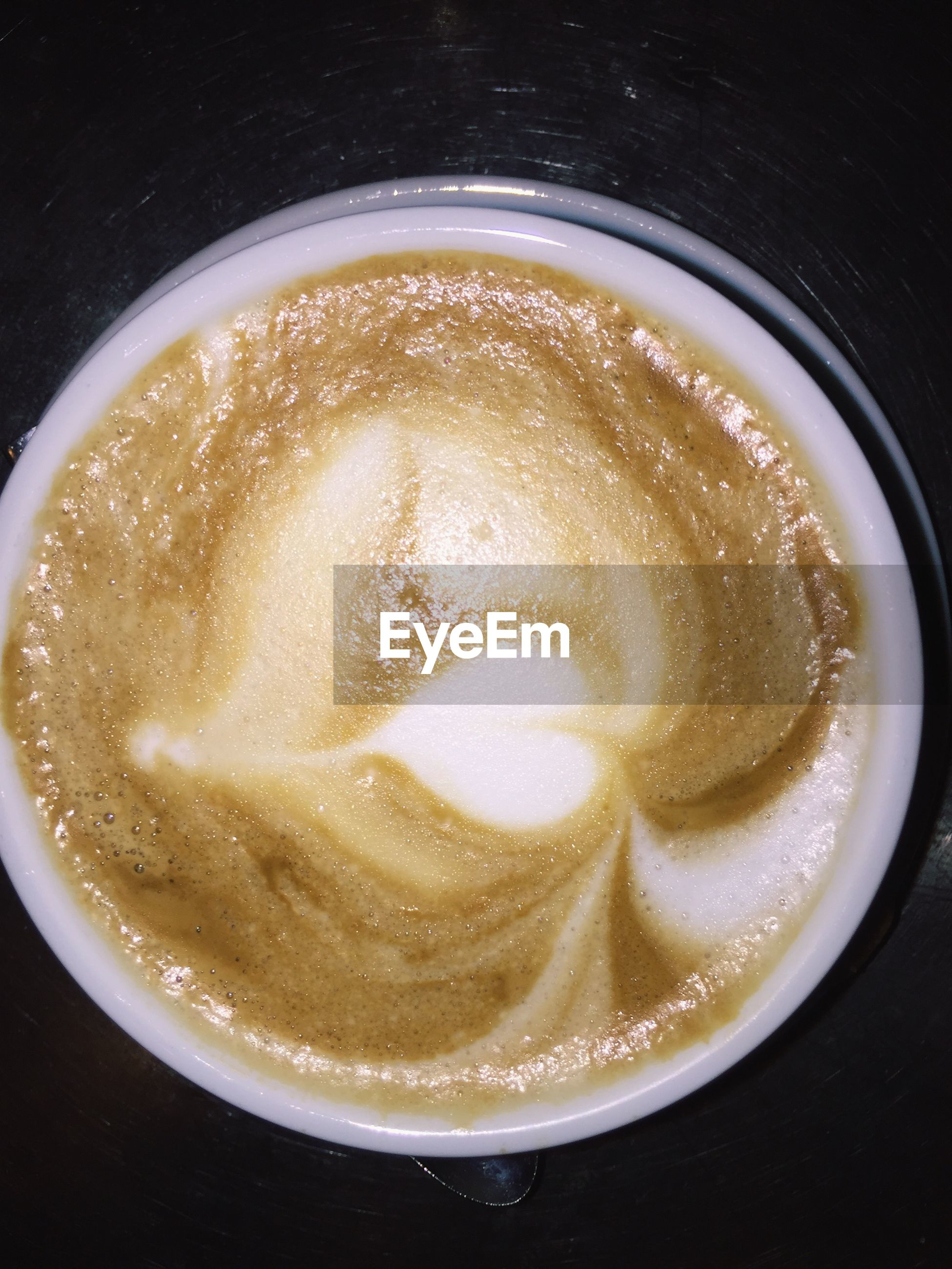 food and drink, freshness, drink, indoors, refreshment, no people, high angle view, food, directly above, sweet food, close-up, frothy drink, ready-to-eat, cappuccino, day, froth art