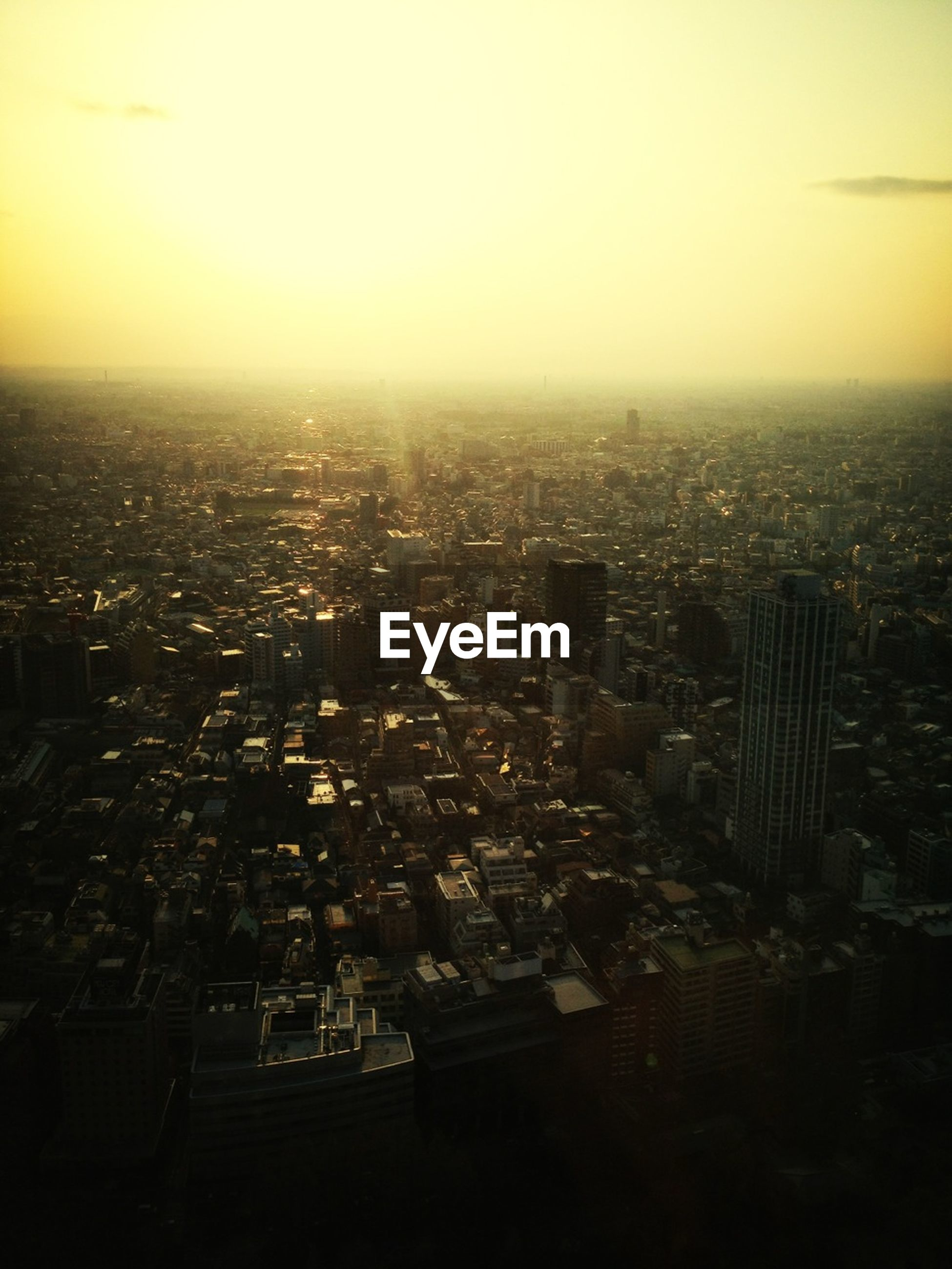 cityscape, city, sunset, building exterior, architecture, built structure, crowded, high angle view, aerial view, skyscraper, sky, orange color, clear sky, modern, copy space, residential district, no people, residential building, city life, outdoors