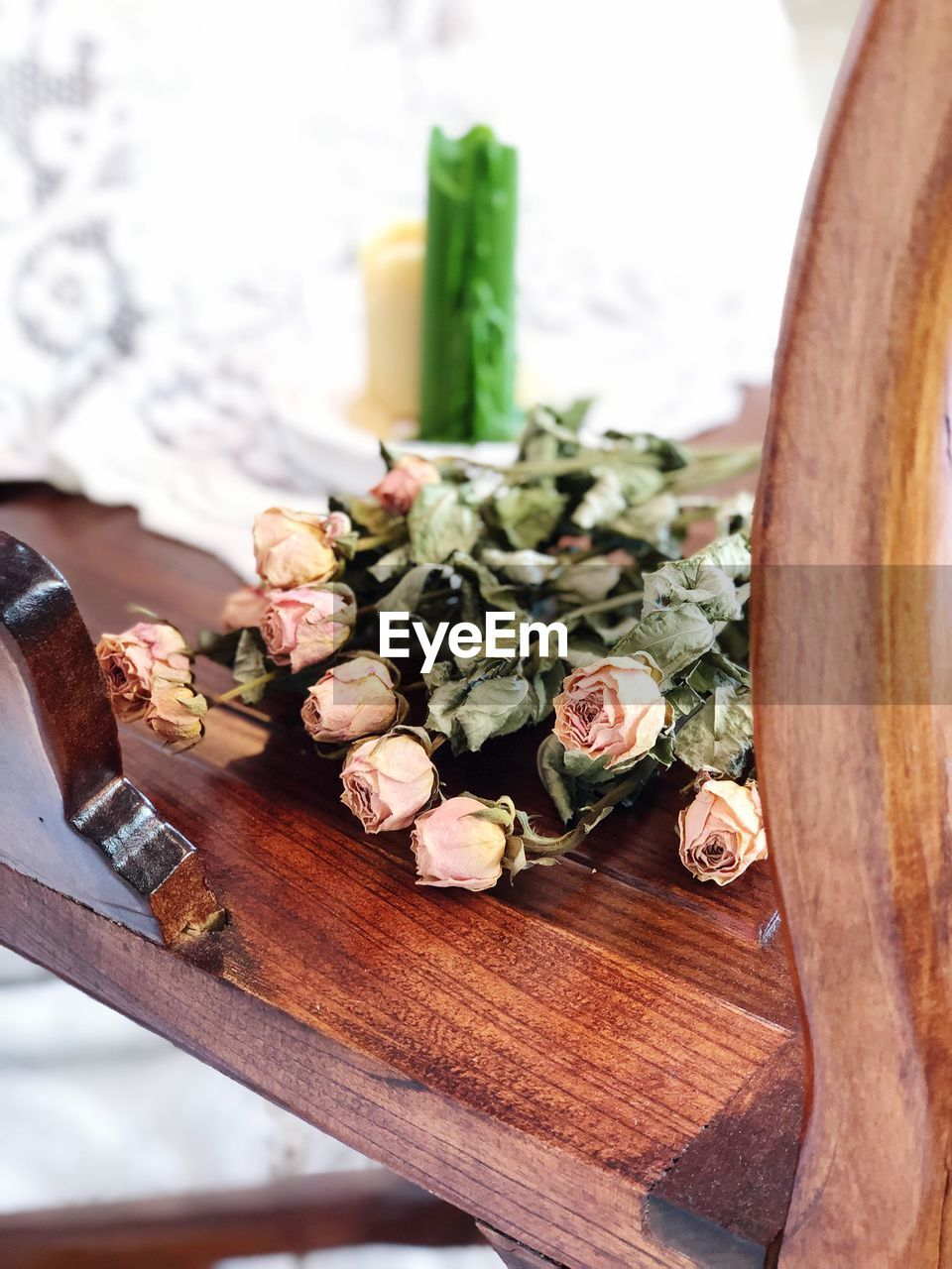 freshness, food and drink, vegetable, indoors, food, wellbeing, table, healthy eating, close-up, still life, wood - material, no people, high angle view, choice, cutting board, plant, variation, focus on foreground, flower, flowering plant