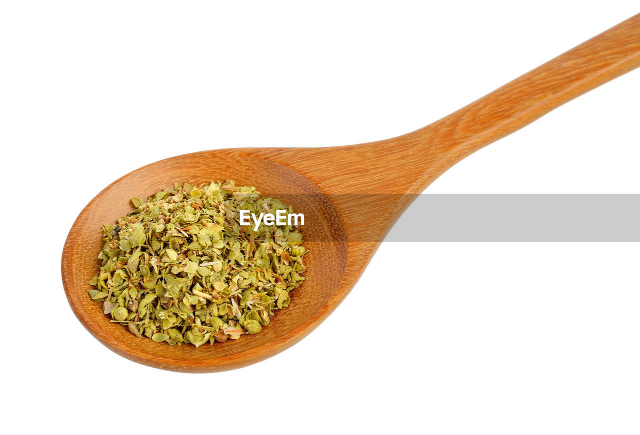 studio shot, white background, wood - material, kitchen utensil, indoors, spoon, still life, eating utensil, freshness, food, food and drink, no people, wooden spoon, close-up, cut out, household equipment, ingredient, wellbeing, raw food, copy space, vegetarian food, wood grain