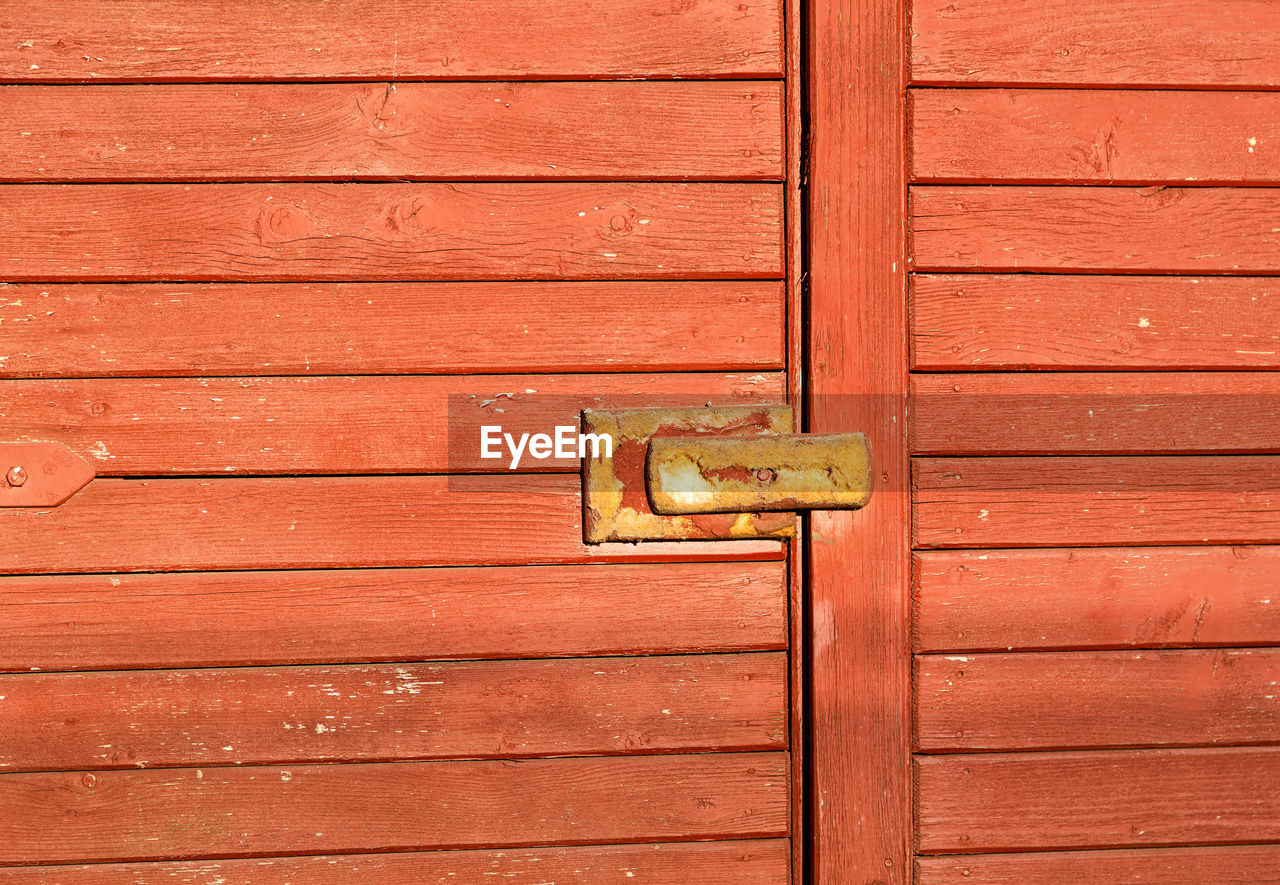 wood - material, door, closed, outdoors, no people, safety, lock, day, close-up