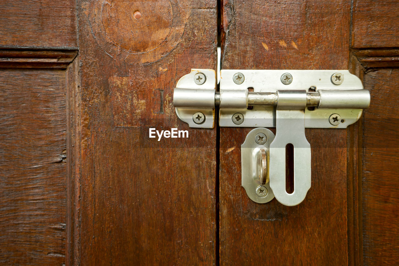 door, entrance, lock, safety, protection, security, metal, wood - material, close-up, handle, no people, closed, latch, indoors, old, keyhole, backgrounds, knob, brown, accessibility