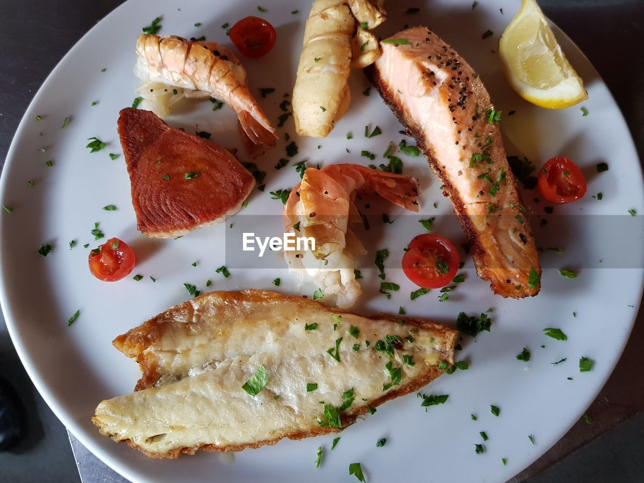 food, food and drink, plate, ready-to-eat, freshness, indoors, healthy eating, serving size, still life, wellbeing, no people, high angle view, fruit, vegetable, directly above, close-up, table, seafood, bread, appetizer, garnish, snack