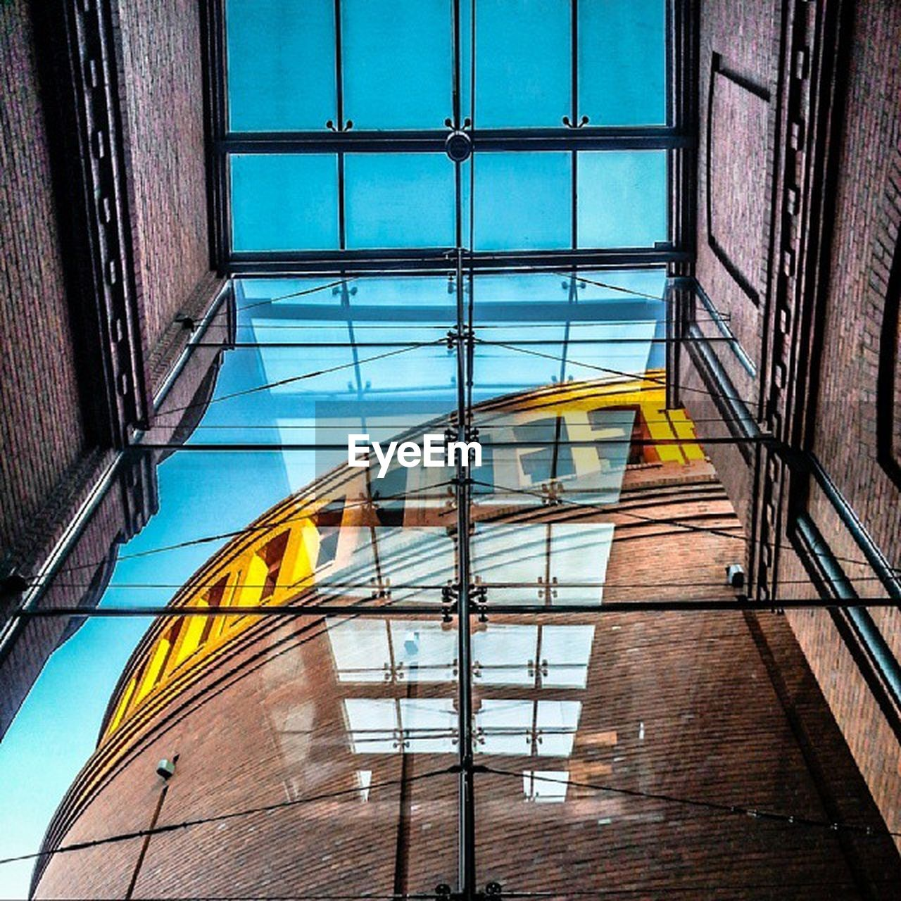 window, architecture, built structure, yellow, building exterior, reflection, no people, day, modern, outdoors