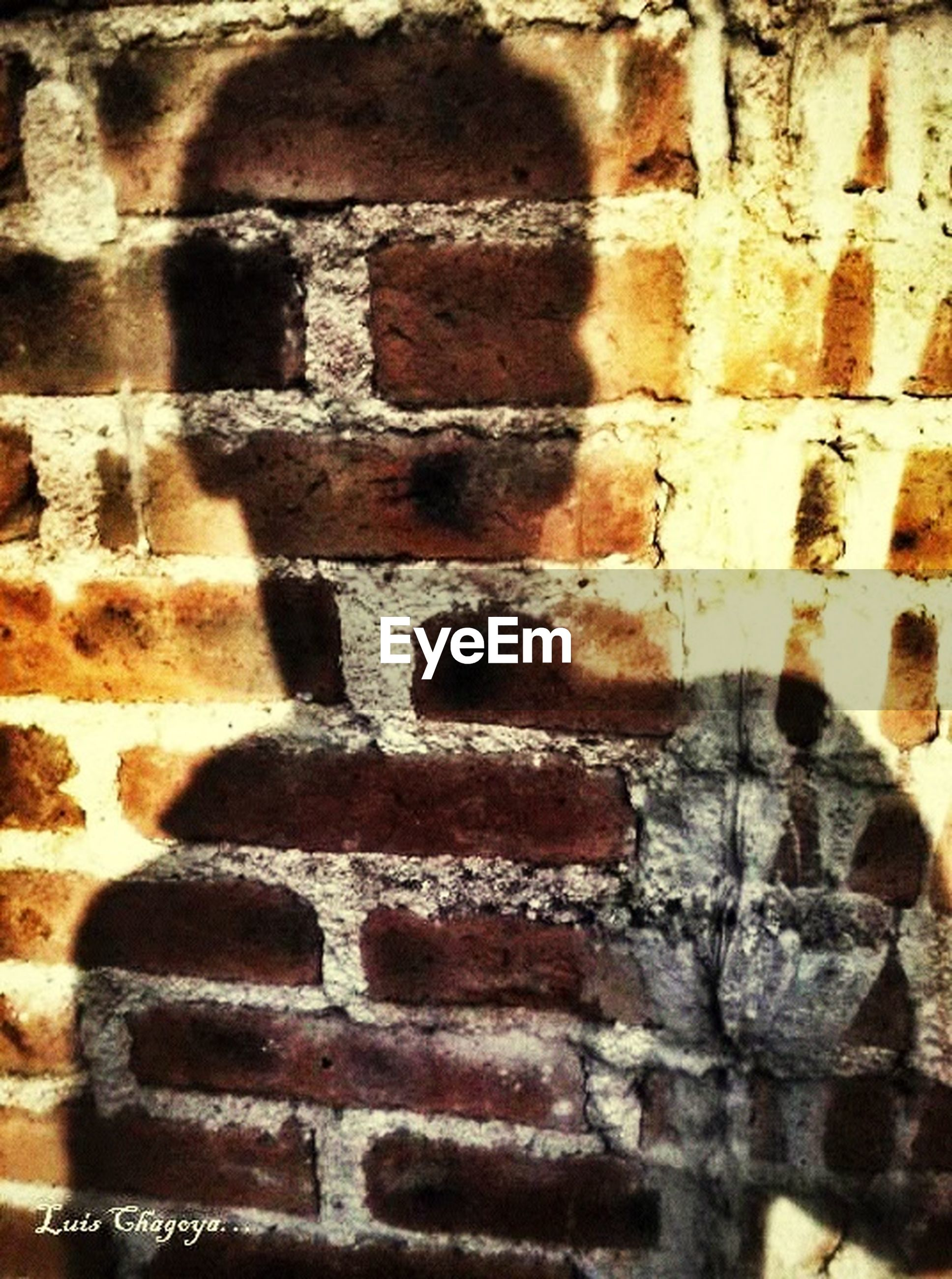 full frame, brick wall, backgrounds, architecture, textured, wall - building feature, built structure, pattern, close-up, building exterior, old, wall, weathered, rough, no people, day, outdoors, brick, stone wall, detail