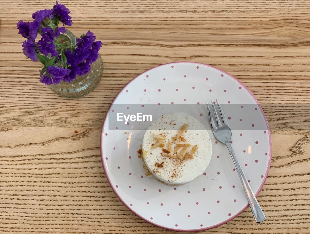 HIGH ANGLE VIEW OF BREAKFAST ON TABLE AGAINST WHITE WALL