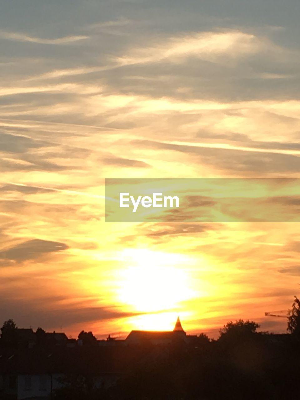 sky, sunset, cloud - sky, silhouette, beauty in nature, scenics - nature, tranquility, orange color, tranquil scene, tree, no people, nature, plant, sun, idyllic, landscape, environment, outdoors, non-urban scene, sunlight, romantic sky