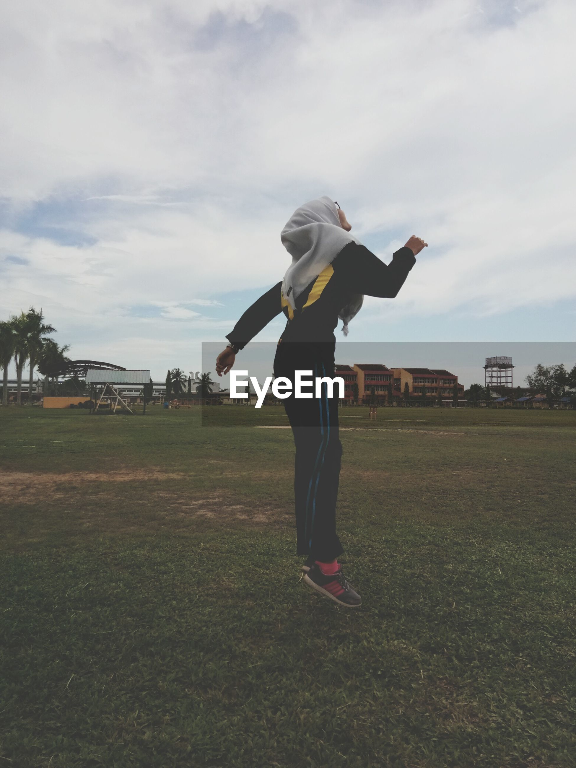full length, one person, real people, day, sky, outdoors