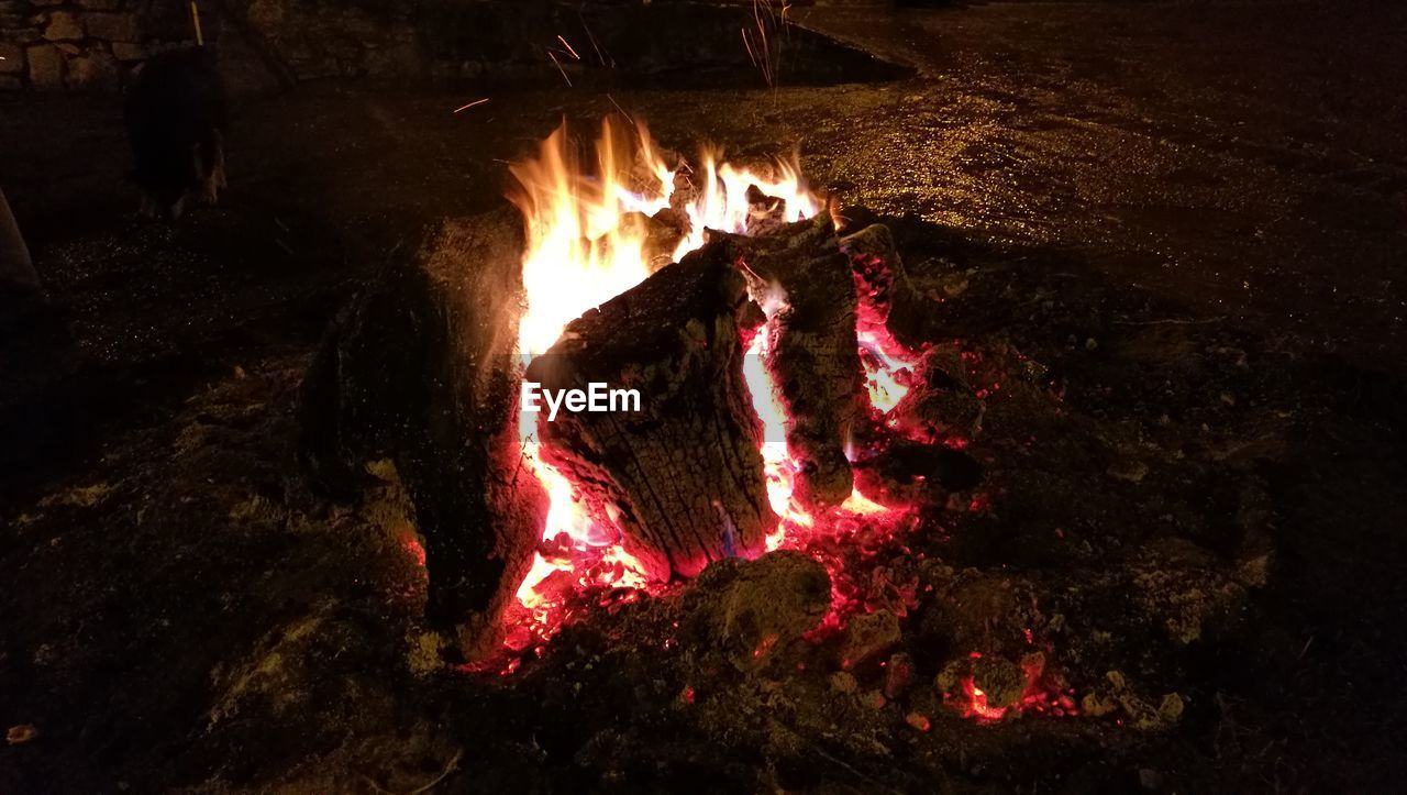 night, burning, glowing, heat - temperature, flame, outdoors, bonfire, no people, motion, nature, close-up