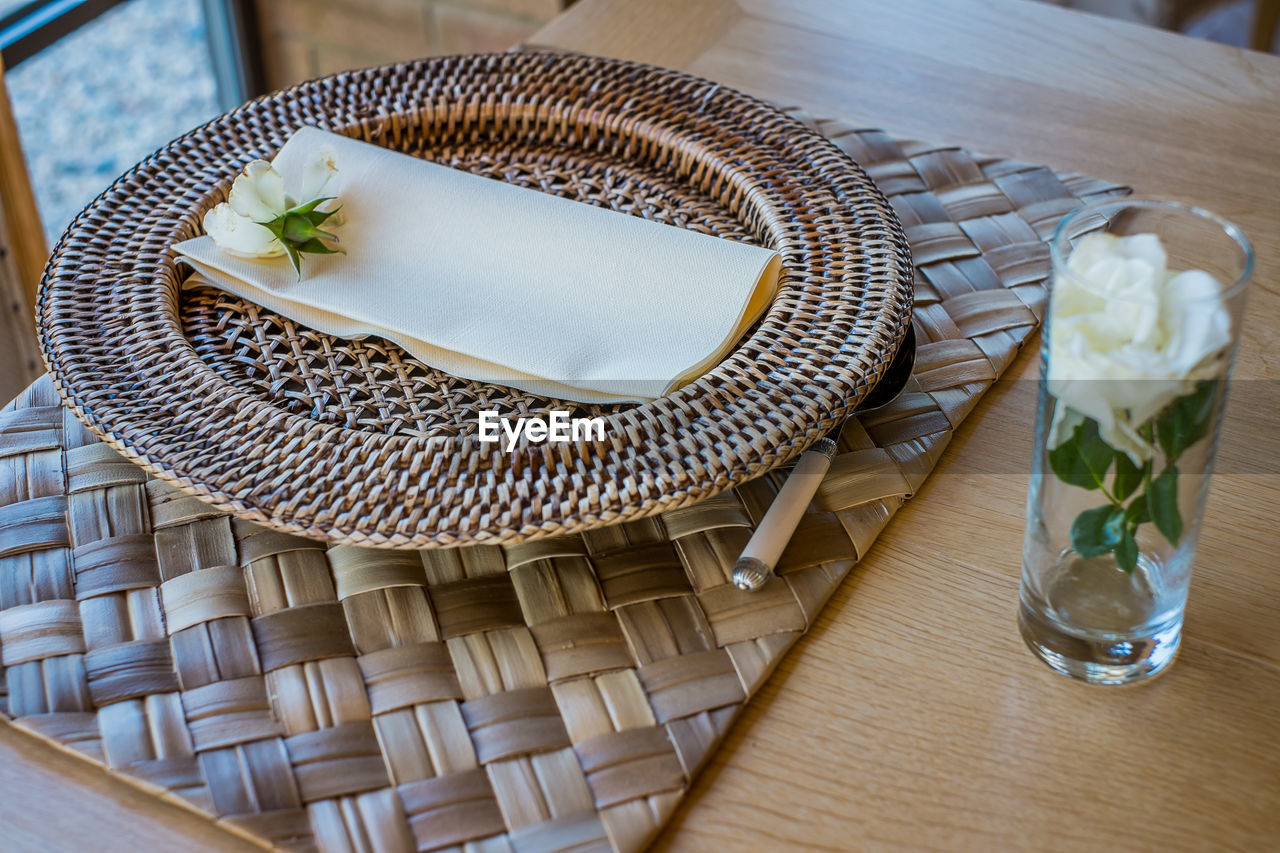 basket, whicker, table, high angle view, indoors, food and drink, no people, chair, food, freshness, close-up, day, flower, ready-to-eat