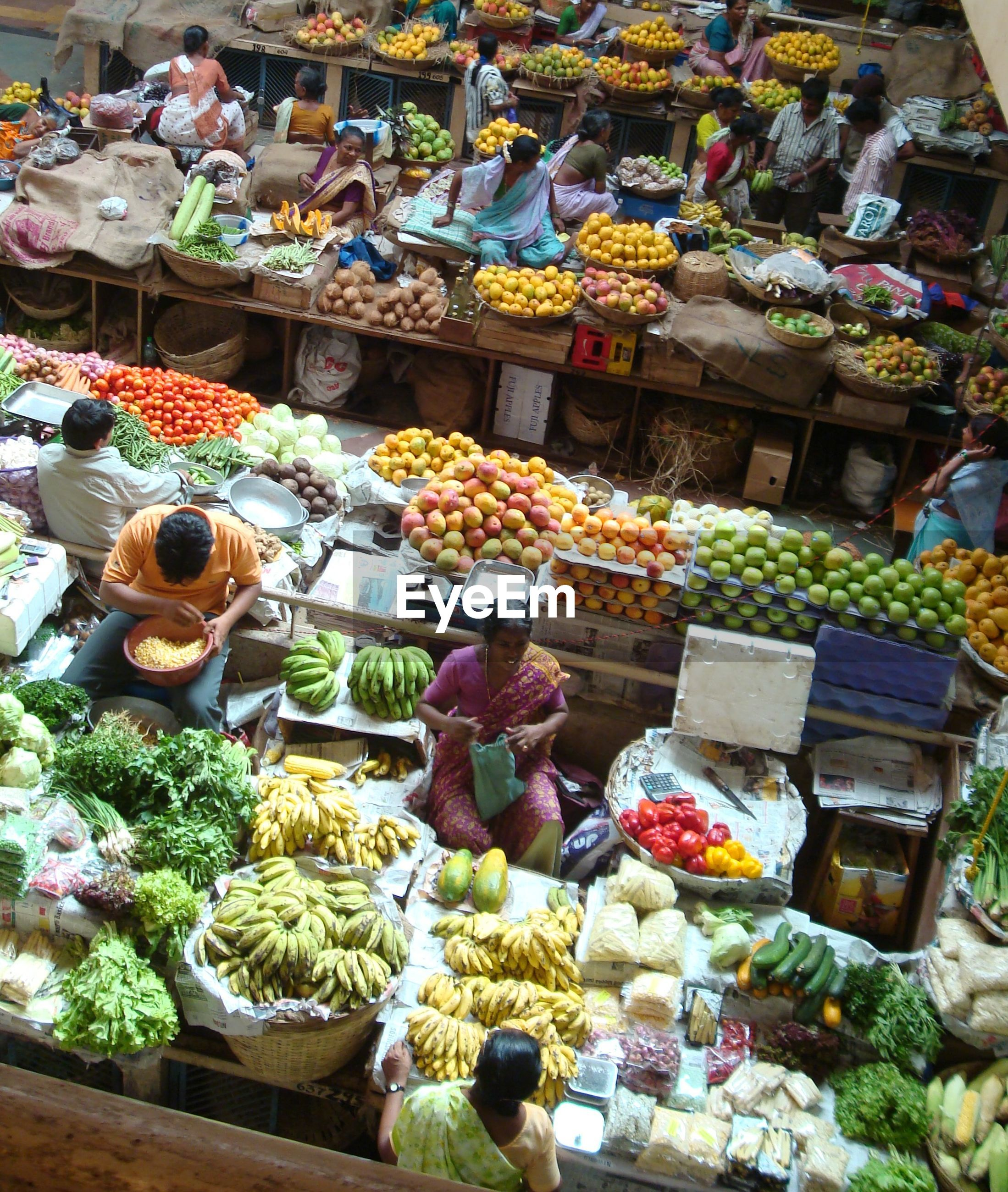 for sale, retail, abundance, market, market stall, choice, variation, large group of objects, sale, arrangement, display, freshness, price tag, collection, multi colored, small business, consumerism, store, food, food and drink