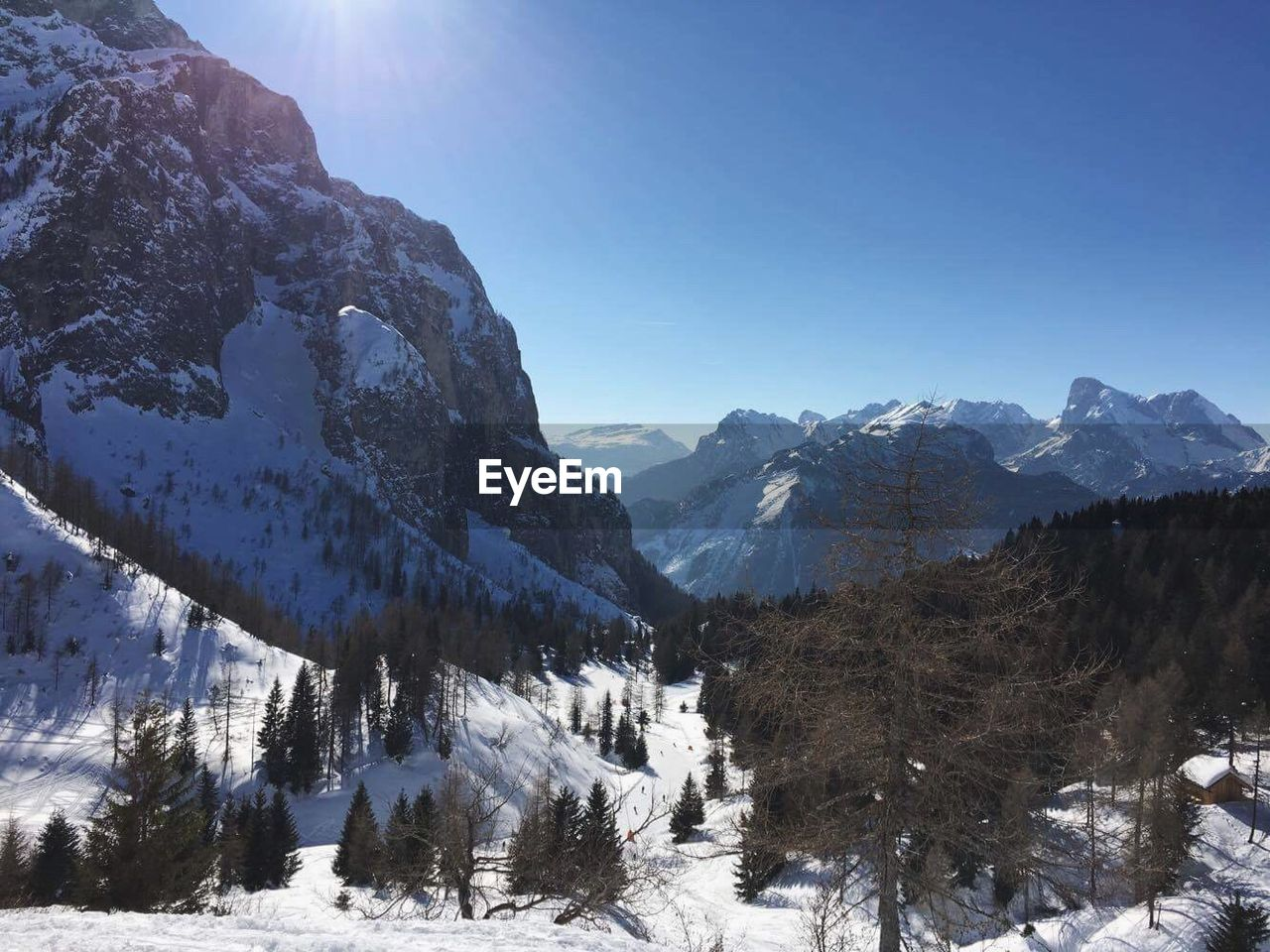 snow, winter, cold temperature, mountain, nature, beauty in nature, tranquil scene, tranquility, scenics, mountain range, snowcapped mountain, outdoors, day, no people, frozen, landscape, clear sky, sky, tree, range