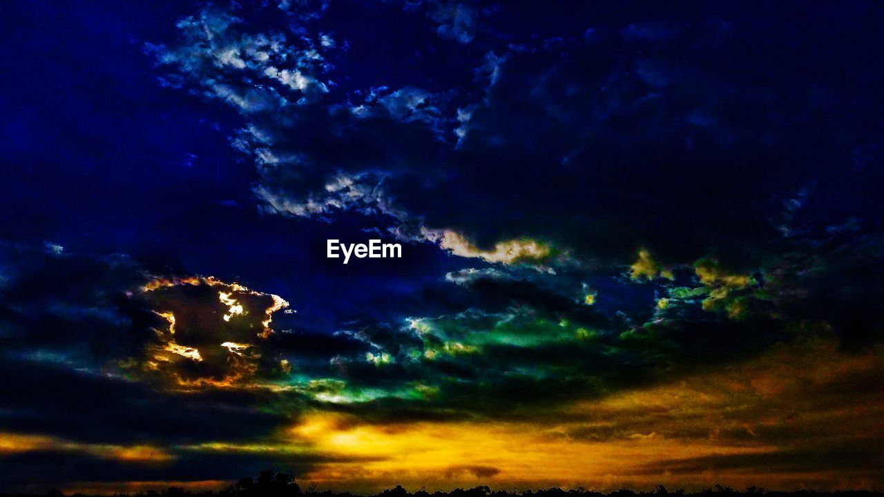 cloud - sky, sky, beauty in nature, scenics - nature, tranquility, low angle view, dramatic sky, no people, tranquil scene, nature, sunset, storm, outdoors, idyllic, cloudscape, night, backgrounds, majestic, dusk, ominous, meteorology