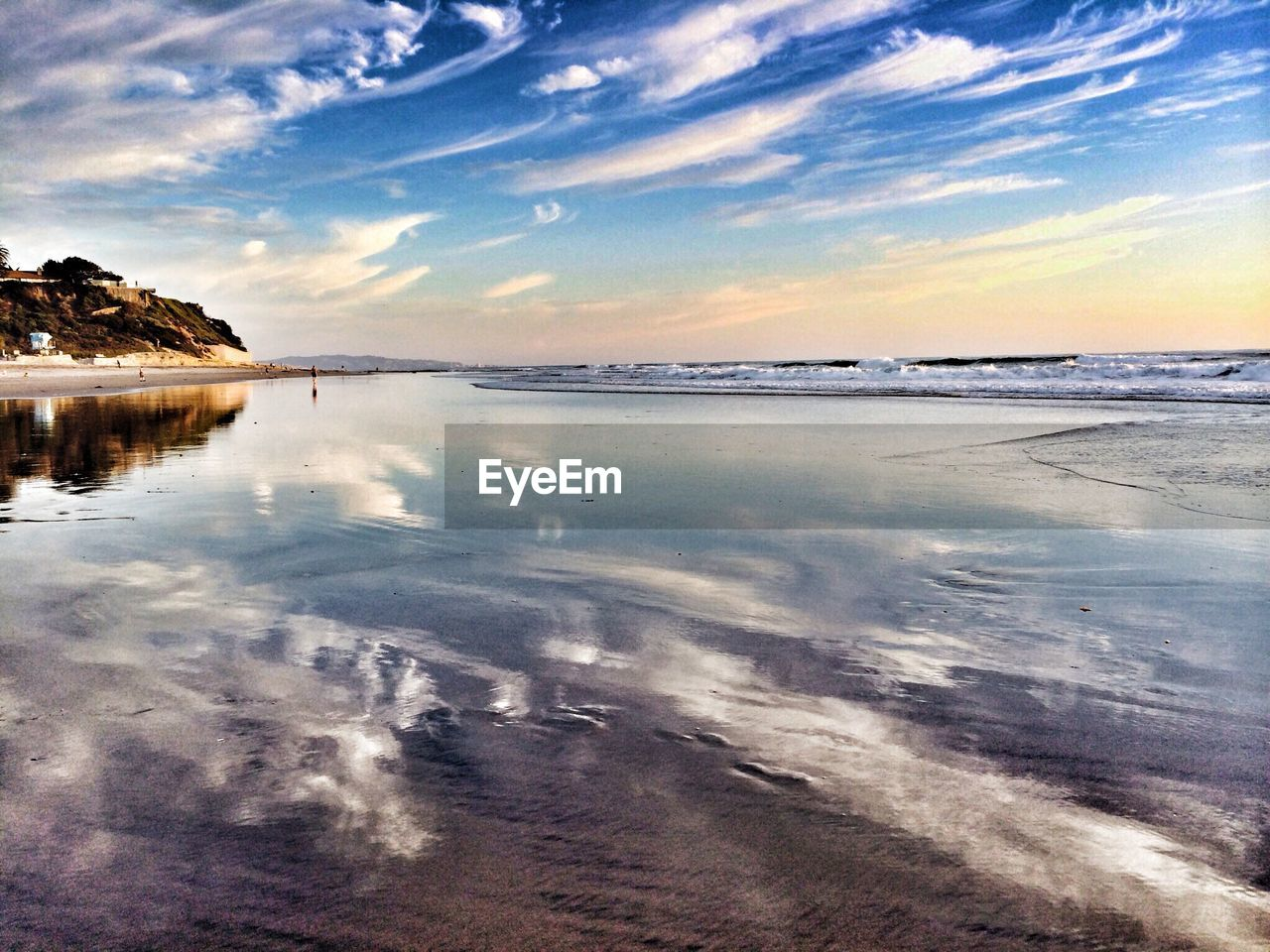 water, nature, sky, scenics, beauty in nature, tranquil scene, tranquility, sea, reflection, sunset, cloud - sky, outdoors, beach, no people, horizon over water, day