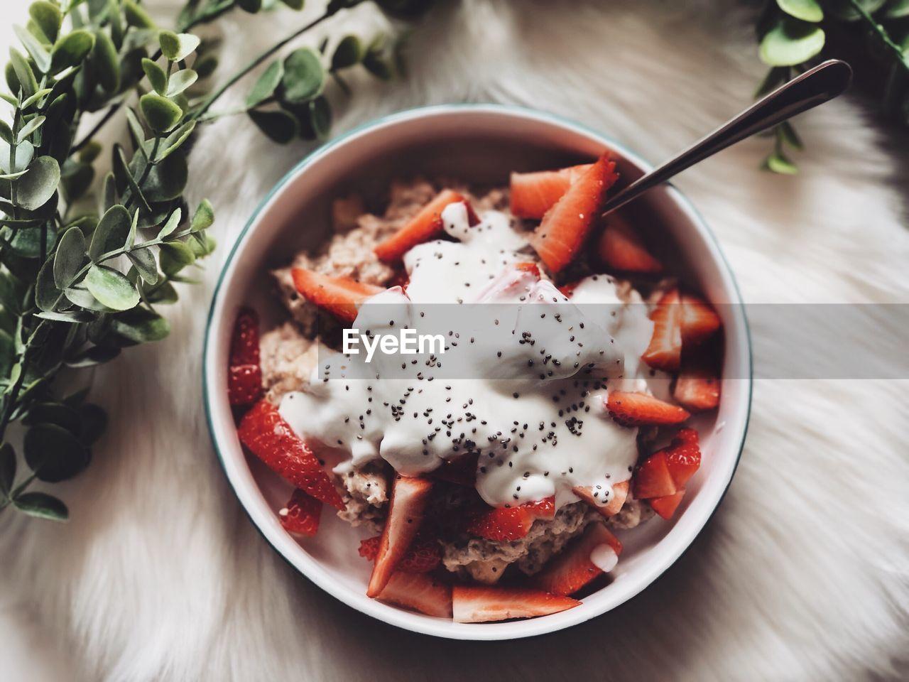 Breakfast in bowl on table