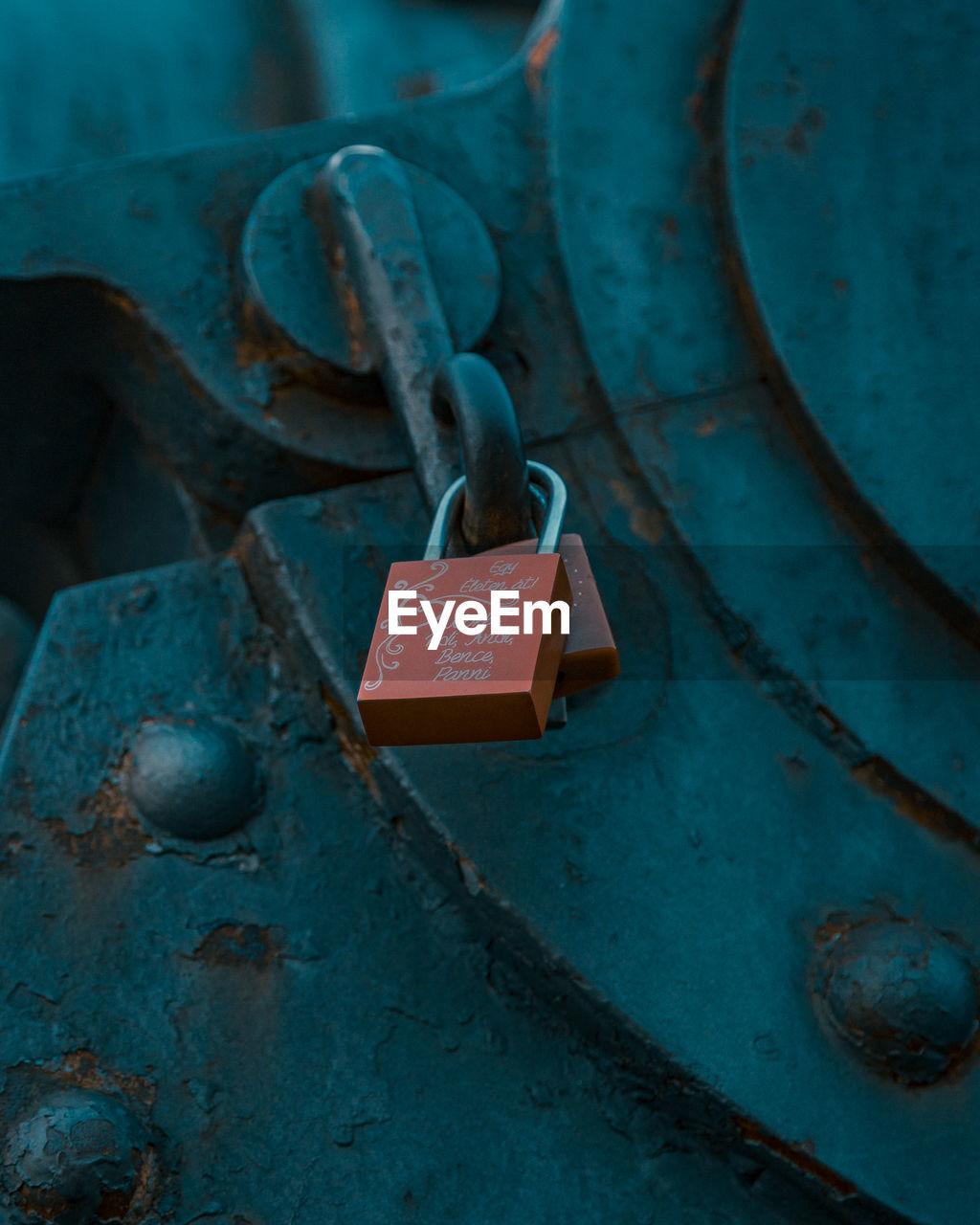 Lovely lock from someone else's memory