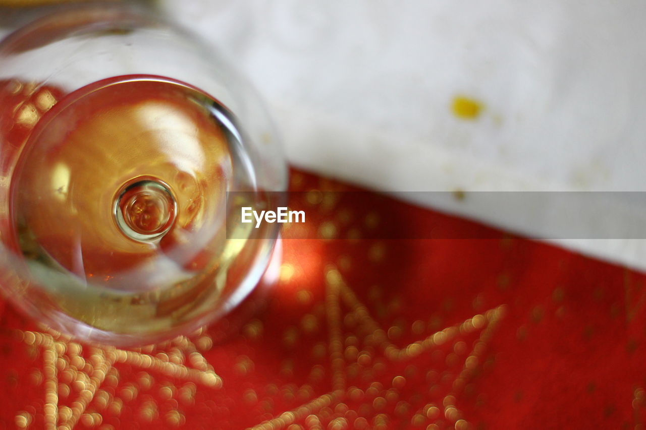 close-up, drink, food and drink, refreshment, no people, still life, indoors, selective focus, high angle view, container, household equipment, freshness, metal, table, focus on foreground, alcohol, beer - alcohol, shape, detail, non-alcoholic beverage